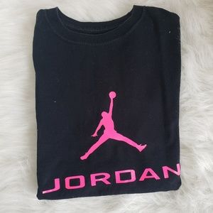 Girls Jordan Shirt Hot Pink size 10/12
